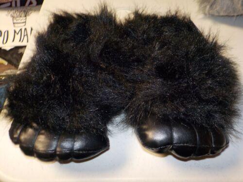 BOYS SIZE S//M 13//1 BOYS SLIPPERS BLACK GORILLA FEET PLUSH NEW #5373