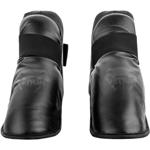 Black//Black Venum Challenger Lightweight Slip-On Hook and Loop Foot Gear