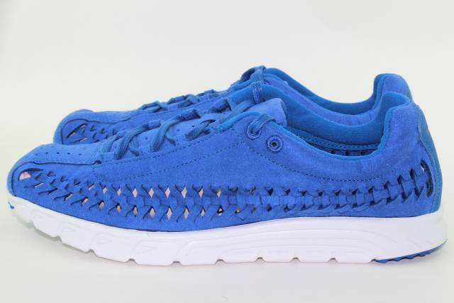 NIKE MAYFLY WOVEN MEN SIZE 10.5 TEAM ROYAL NEW LIGHT WEIGHT COMFORTABLE RARE