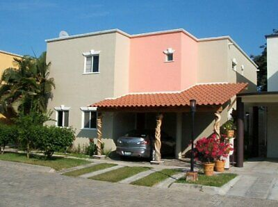 Casa En Venta Country Club  Manzanillo Colima