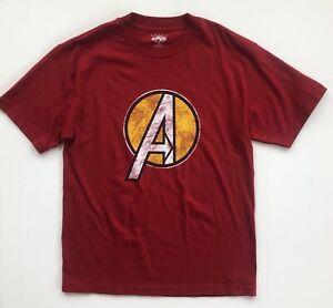Avengers-Marvel-Universal-Studios-Islands-of-Adventure-Distressed-Shirt-Medium