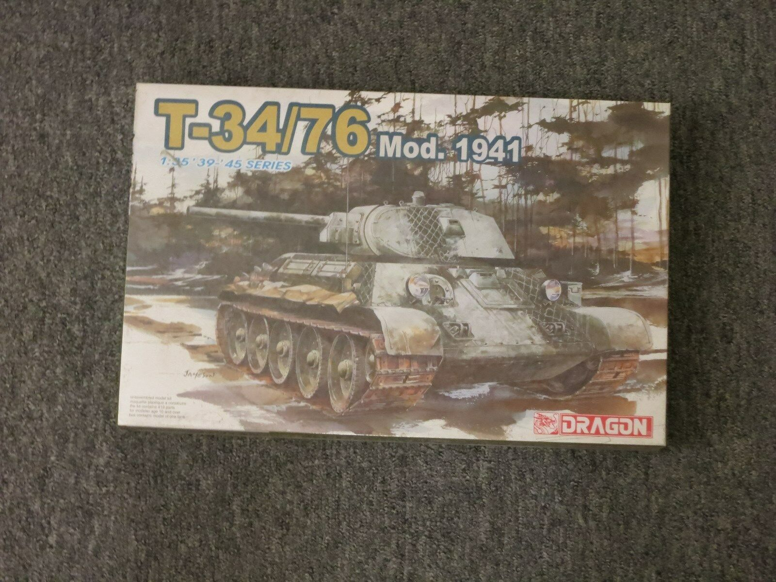 Dragon 1 35 T-34 76 Mod.1941 Model Kit '39-'45 Series NEW