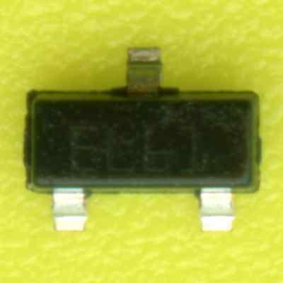60× ST ESDA6V1L DUAL TVS ESD DIODE 6.1V 0.2A 1.25Vf 0.35Ω 25kV SOT23-3 SMD SMT ‡