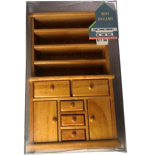 35 169 540 NIB Dollhouse Miniatures MINI DREAMS Pine China Cabinet