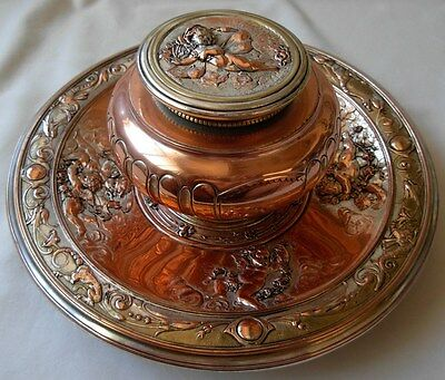 ANTIQUE VICTORIAN SILVERPLATED ELKINGTON & Co INKWELL WITH CHERUBS / ANGELS