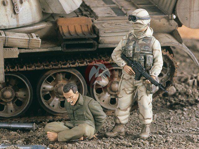 Verlinden 1 35 Captured Iraqi with US Soldier in Iraq War (2 Figures) 2223