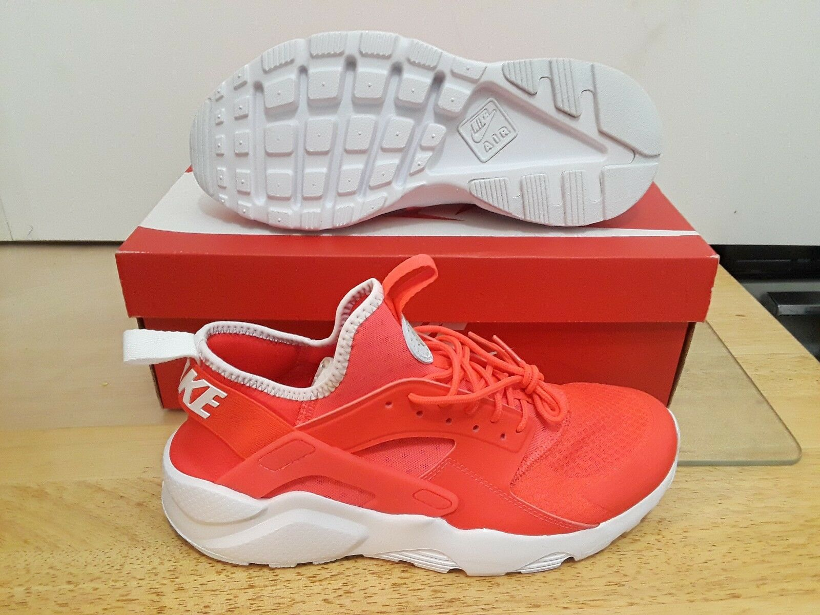 NIKE MEN'S AIR HUARACHE RUN ULTRA CRIMSON GREY WHT 819685 602 S1ZE  9