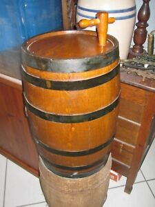 ANTIQUE-OAK-WOODEN-WHISKEY-KEG-BARREL-6-IRON-BANDED-WITH-SIDE-SPOUT