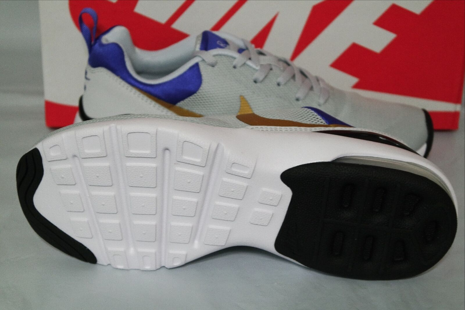 la la la chaussure nike air max sirène femmes, platine / de l'or métallique / violet, 749510 001 aa9da7