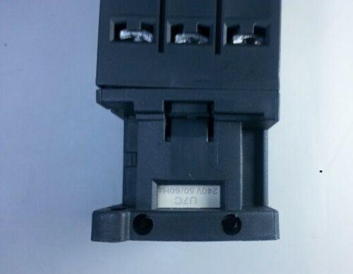 Magnetic  Contactor  9A With Coil 240VAC 50//60Hz