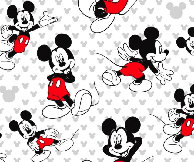 MICKEY MOUSE CHRISTMAS TOSSED Disney Cotton Fabric Fat Quarter FQ