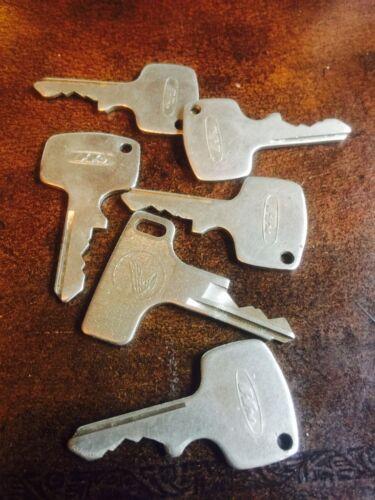 Vintage Antique Honda OEM Factory Pre Cut Motorcycle Key # N693
