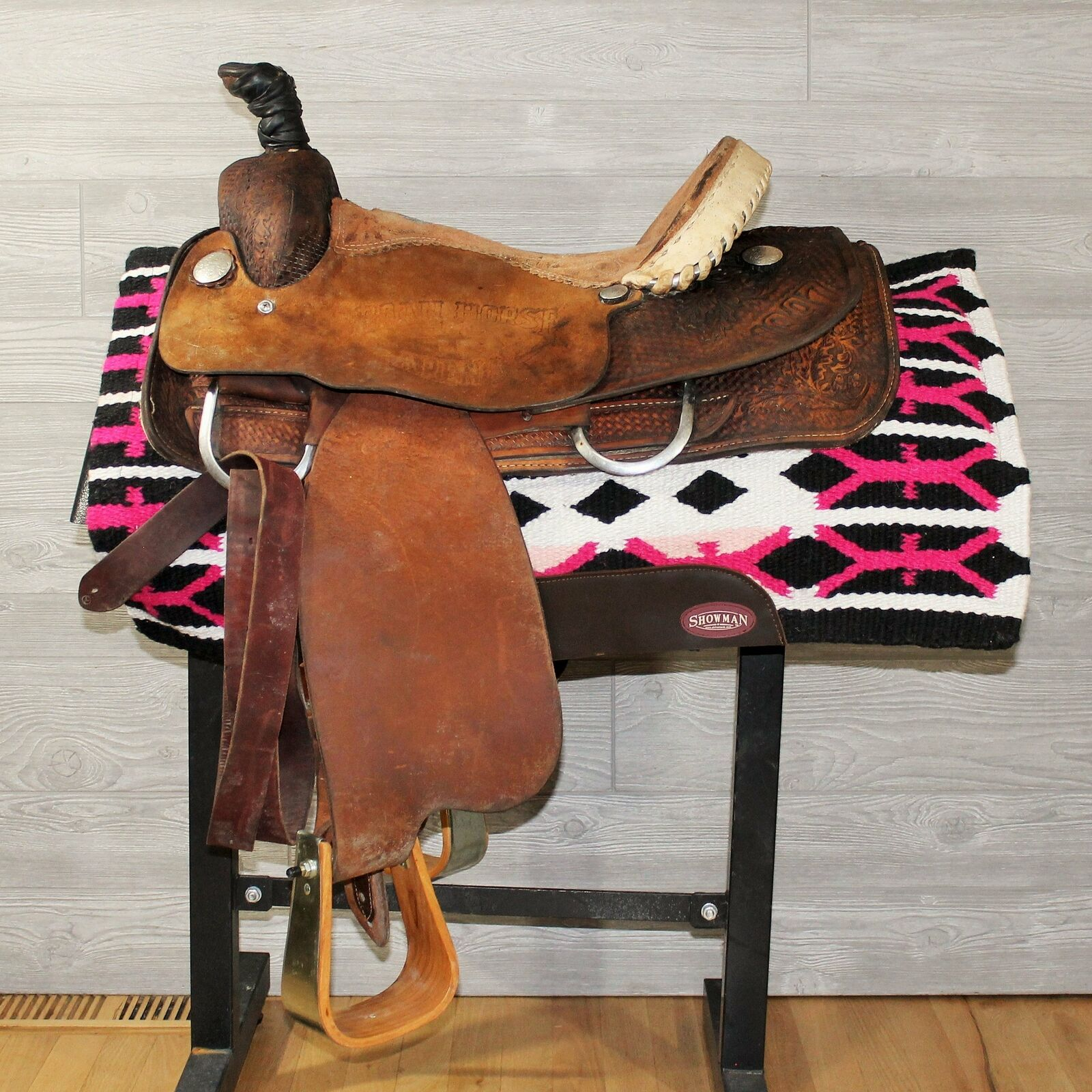 15.5  Double J Roping Saddle