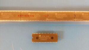 HITACHI HM658512LP-8 DIP-32 x8 Pseudo-Static RAM