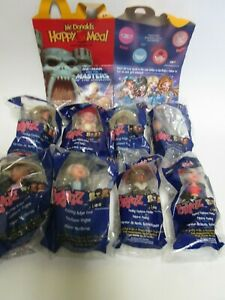 McDonalds-2003-Bratz-Fashion-Dolls-Complete-Set-of-8-Mint-in-Package-plus-box