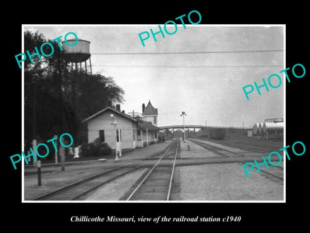 OLD LARGE HISTORIC PHOTO OF CHILLICOTHE MISSOURI RAILROAD DEPOT STATION c1940
