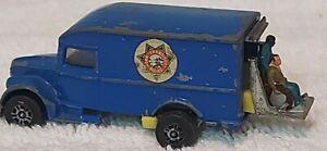 Corgi-Juniors-1007-Ironside-policia-van-con-figuras-Whizzwheels