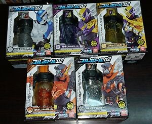 Bandai Masked Kamen Rider BUILD Full Bottle SG 01 Candy Toys Set of 4