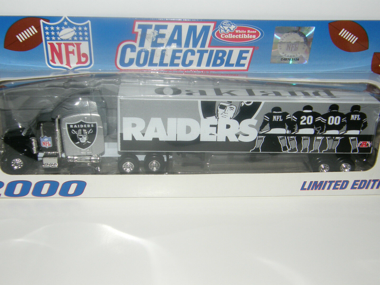 NFL Raiders . . .  ..helmet   tractor-trailer    2000 limited edition 88dfc4
