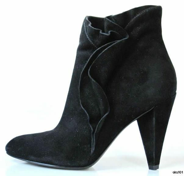 New  570 MARC JACOBS black suede ruffled ANKLE BOOTS shoes 40 10 - fabulous