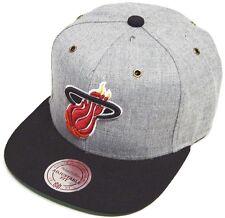 Mitchell & Ness and Miami Heat NP64Z Heather Grey Strapback Cap Basecap