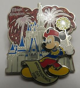 Disney-WDW-Independence-Day-2006-Magic-Kingdom-Park-Mickey-Mouse-Pin