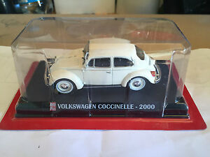 DIE-CAST-034-VOLKSWAGEN-COCCINELLE-2000-034-SCALA-1-43-AUTO-PLUS-BOX-1