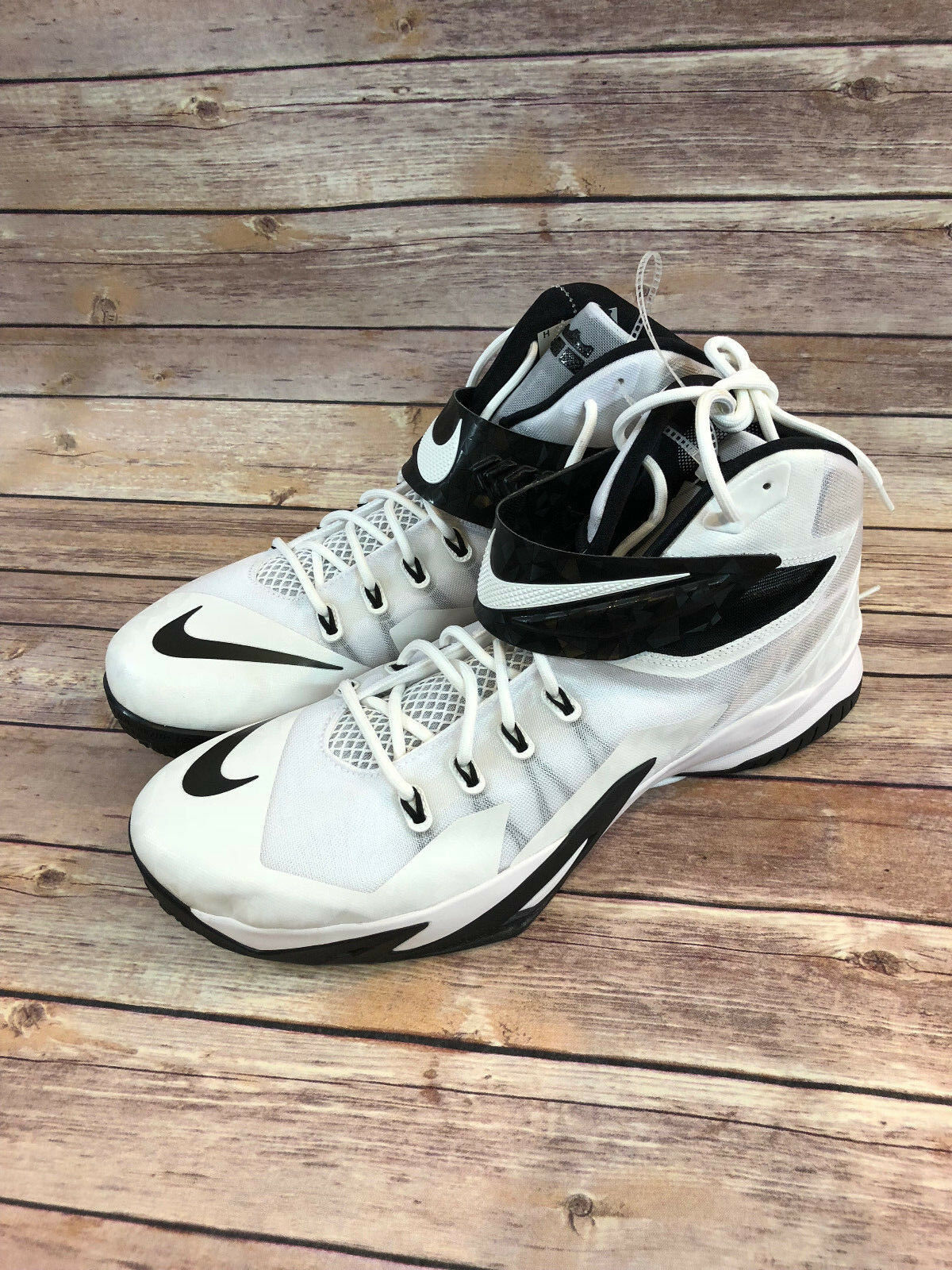 NIKE 653648-100 LEBRON ZOOM SOLDIER 8 White & Black Basketball shoes Size 18