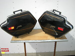 XVZ12T-Venture-Saddle-Bags-Hard-Bag-1983-Yamaha-Luggage-Carrier-Trunk-Clam-Shell