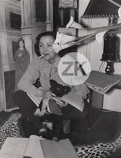 MARIE BELL Théatre CHIEN Cinéma Cigarette IZIS Bidermanas Photo 1940s