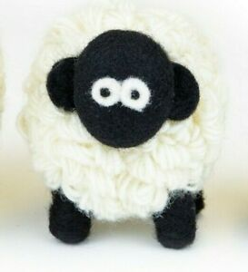 Erin Knitwear Woollen Sheep Medium (Blackface)