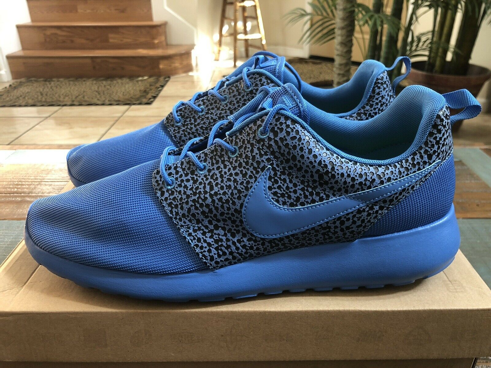 NIKE ROSHE RUN Safari Pack ROYAL Blitz bluee GPX RARE 525234 400 Size 13