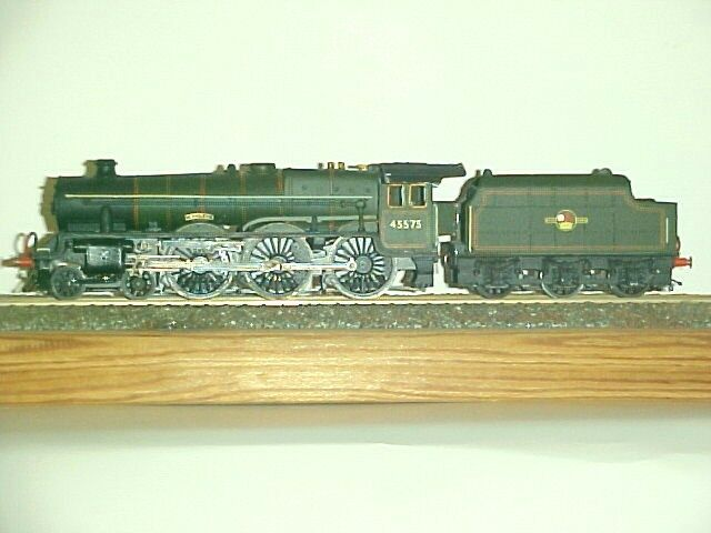 LMS   BR   Jubilee  4-6-0 + tender (Photos for display only)