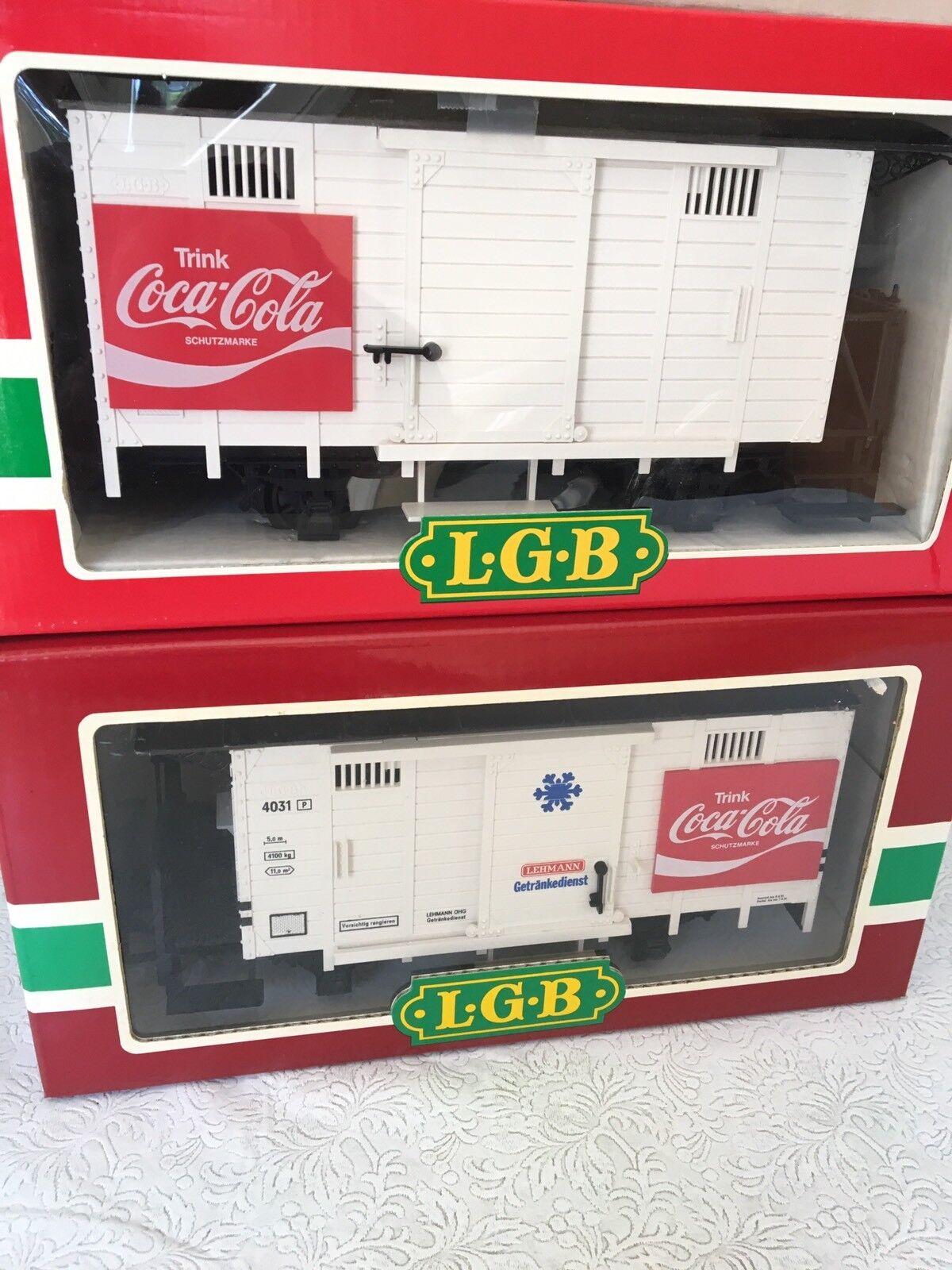 PAIR OF SUPER RARE LGB 4031 EUROPEAN COKE BOX CARS - COCA-COLA