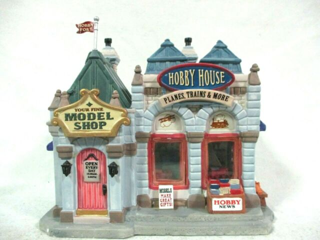 Lemax 25419 Lighted Building Hobby House Model Shop Planes Trains and More