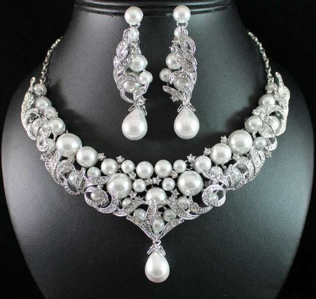 VICTORIAN PEARL WHITE AUSTRIAN RHINESTONE BIB NECKLACE EARRINGS SET BRIDAL N1773