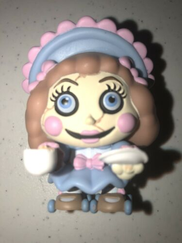 FNAF Cinq Nuits FUNKO Mystery Minis Twisted Ones Ella 1//72 WALMART EXCLUSIVE