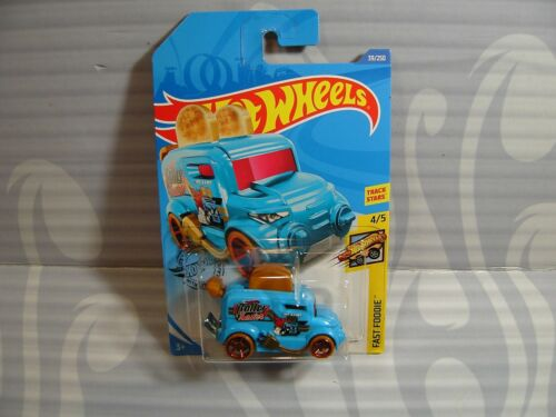 int 2020 HOT WHEELS /'/'FAST FOODIE/'/' #39 = ROLLER TOASTER = BLUE