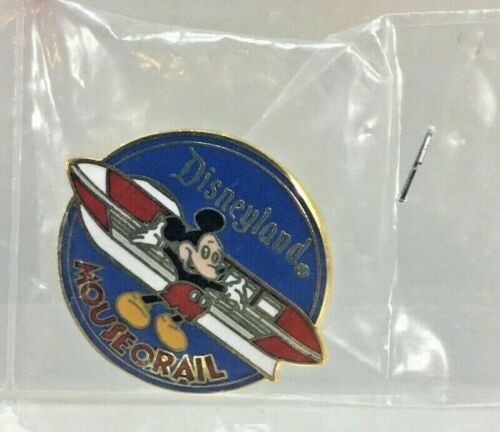 DISNEY MICKEY MOUSEORAIL MONORAIL VEHICLE CHARACTER BUS TOUR DISNEYLAND PIN tn