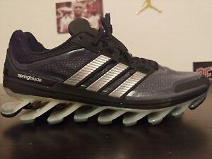 buy online 2caaf 7a871 La foto se está cargando Adidas-Springblade-G66648-AdiPower-Zapatos -Para-Correr-Negro-