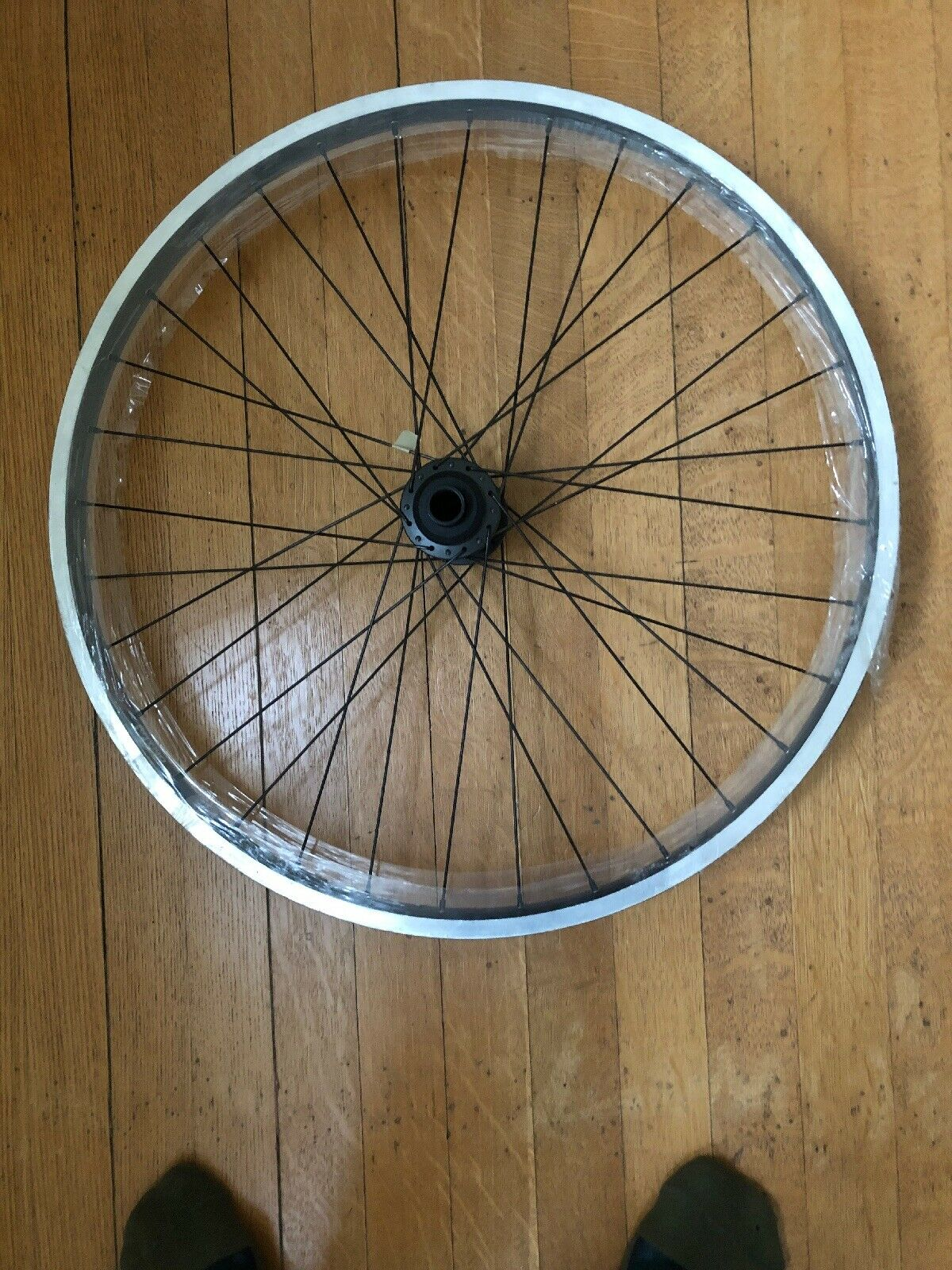 NOS Front Sun Rhyno Lite Rim on Shimano HB-M800 Center Mount Disc 32º Thru-Axle