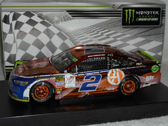 BRAD KESELOWSKI 2018 LAS VEGAS WIN AUTOTRADER 1//24 SCALE  ACTION NASCAR DIECAST