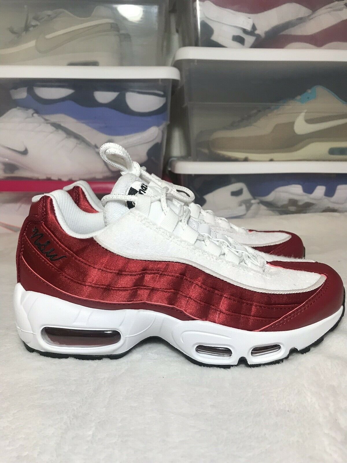 Nike Women's Air Max 95 LX Satin Terry NSW Red White Size 7.5 US AA1103-601 New