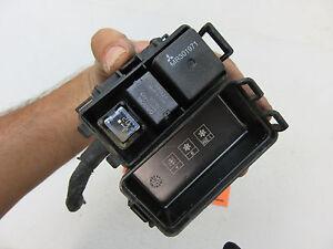 06 07 08 eclipse fuse box relay switch panel wire auto mr301971 rh ebay com