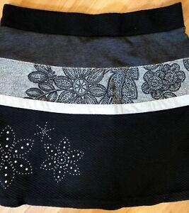 Embellishments Size 16 New Striped Desigual Grey 14 With Black Skirt Xl Flower wEXvxqUAZX