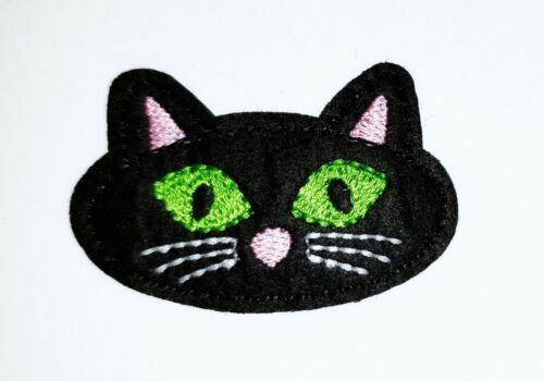 """Black Cat Embroidered Iron On Patch Halloween Applique 2.25/"""" X 1.40/"""" Kitty Face"""