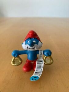 Libra Zodiac Papa Smurf 2 inch Figurine 20726