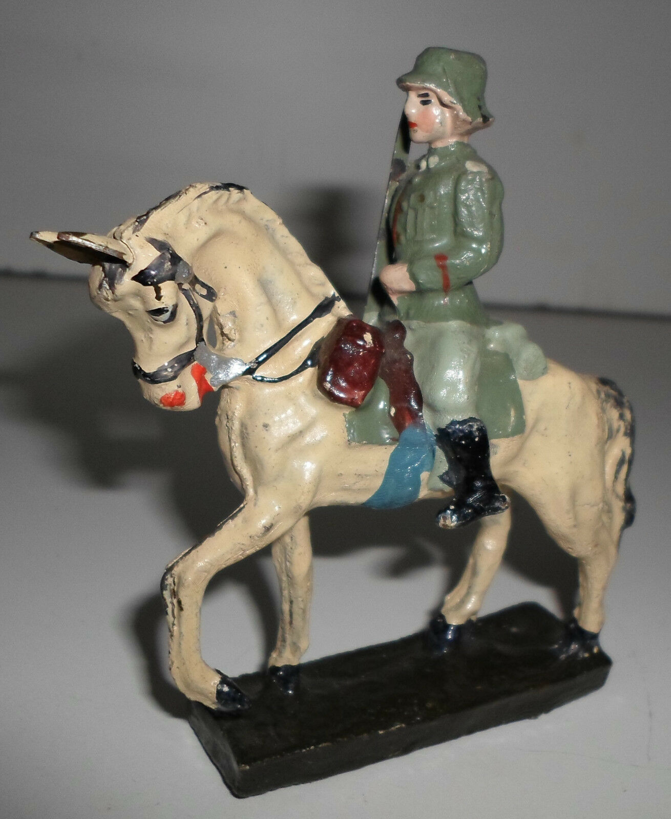 ELASTOLIN LINEOL LINEOL LINEOL prewar german Wehrmacht officer on horse with sword ba4
