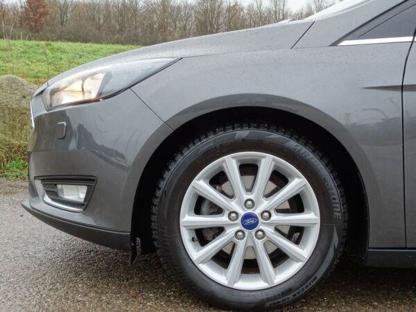 Ford Focus 1,5 TDCi 120 Titanium stc. - billede 2