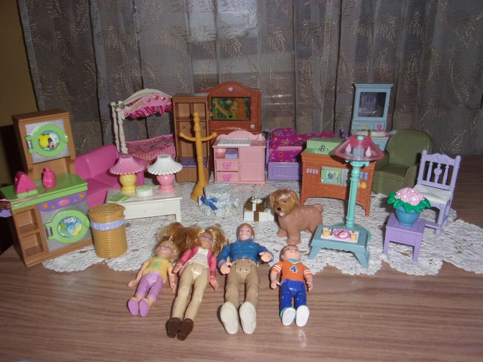 Fisher Price Loving Family dockhus möbler 30 Pcs lampor låter mamma pappa VGC